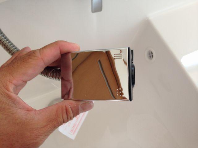LIXIL洗面化粧台エルシィ水栓ノズル