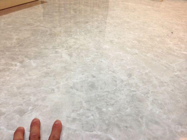 床はフロアタイル仕上げ