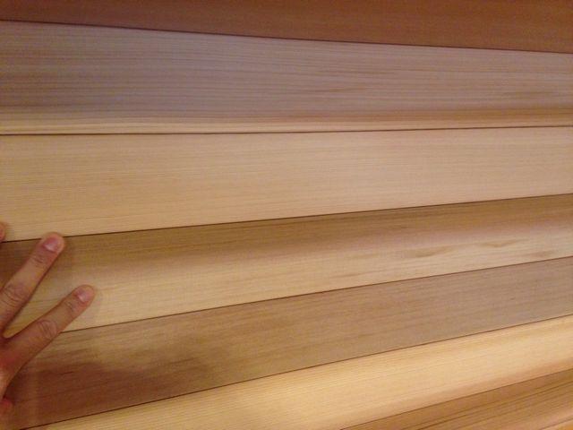 キッチン 無垢板 ウェスタンレッドシダー羽目板