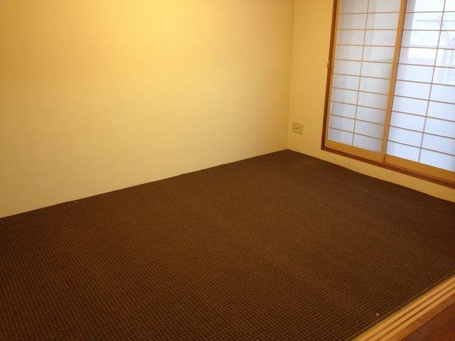 和室にカーペット 施工例