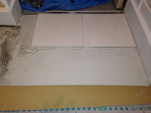玄関土間 タイル貼り 施工例