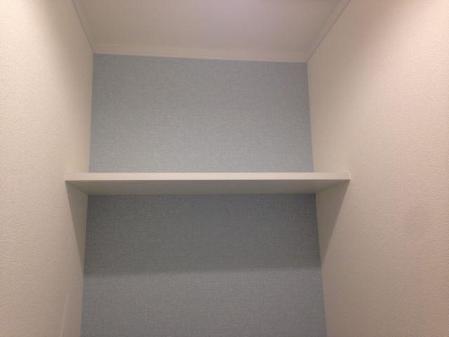 トイレ 棚板 施工例